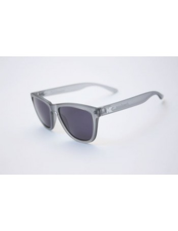 Knockaround Premium Polarizadas Frosted Grey / Smoke